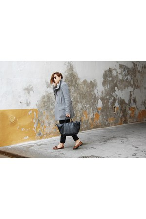 black H&M jeans - heather gray Zara coat - aquamarine pull&bear shirt
