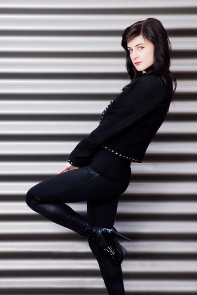 black Bershka leggings - black Bershka jacket - black Dorothy Perkins shoes
