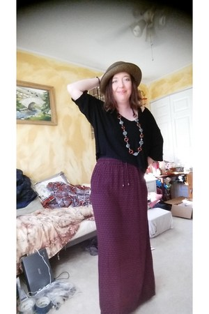 cherry Eddie Bauer skirt - black Urban Outfitters shirt - gray fox Etsy necklace