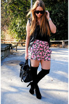 flowers Urban Outfitters skirt - suede Steve Madden heels