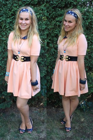 peach bicolor dress Zara dress - navy new look wedges