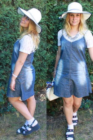 blue jeans New Yorker dress