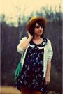 Camel-sunflower-thrifted-vintage-hat-navy-thrifted-vintage-dress