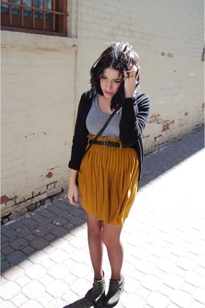 gold Goodwill skirt