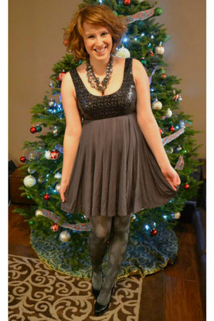 heather gray sequins lady dutch dress - silver patterned unknown tights