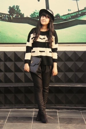ivory Jamy sweater - black asos boots - black bowy brim Local store hat