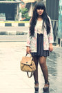 Dark-brown-sheer-polkadot-sammydress-tights-off-white-vintage-blazer