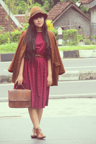 brown asos boots - maroon floral vintage dress - brown floppy Pull & Bear hat