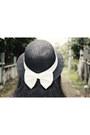 Black-choies-dress-black-bowy-straw-local-boutique-hat