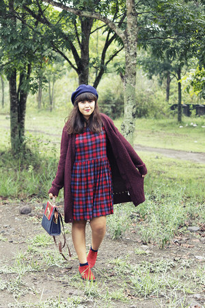 navy wool beret Ebay hat - ruby red asos boots - brick red tartan new look dress