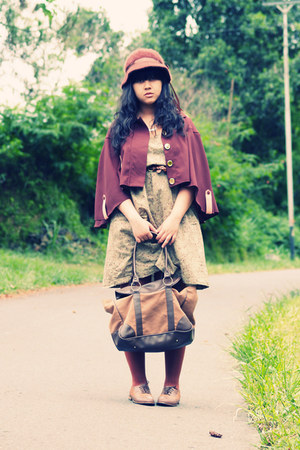 dark brown Retail Therapy cape - olive green amanda Dream Shop dress