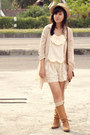 Tan-knee-length-vintage-boots-neutral-gifted-hat-beige-patterned-local-bouti