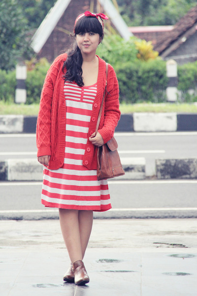 red stripes knit Topshop dress - brown asos boots