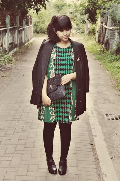 black milanoo boots - dark green printed stretch Mootta dress