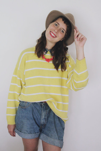 yellow yellow striped Vintage Gap sweater - beige fedora Urban Outfitters hat