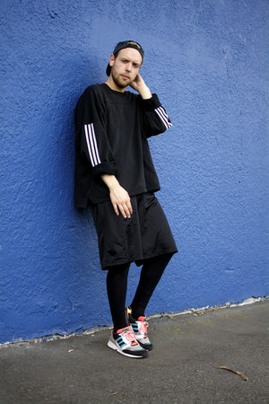 American Apparel hat - Adidas sweater - H&M leggings - vintage shorts