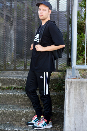 American Apparel hat - Adidas shirt - American Apparel bag - Adidas sneakers