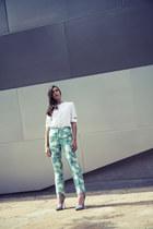 white short sleeves Nonoo shirt - turquoise blue floral print Nonoo pants