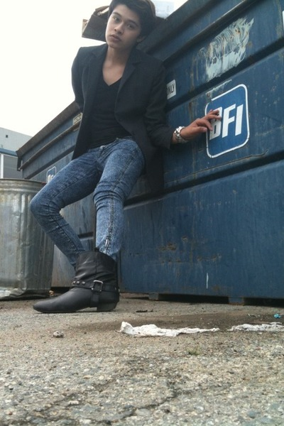 Thrift Store coat - BDG t-shirt - Forever 21 jeans - Urban Outfitters boots