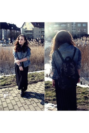 sky blue jeans H&amp;M jacket - Atmosphere bag - navy second hand skirt