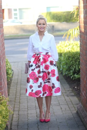 rose floral Chicwish skirt - white Zara shirt