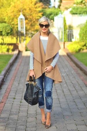 camel Sheinside coat - boyfriend jeans River Island jeans