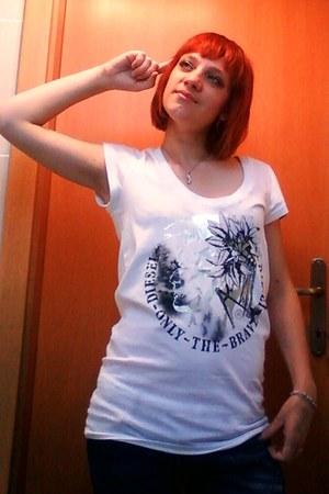 white diesel t-shirt