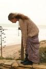 Camel-vintage-sweater-dark-gray-no-brand-boots-maroon-primark-skirt