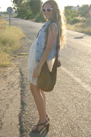 blue pull&amp;bear vest - beige no brand dress - pink Primark sunglasses - brown car