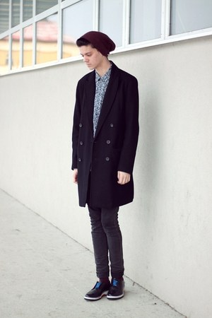sky blue flower H&M shirt - black basic asos coat