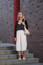 White-zara-shoes-black-dorothy-perkins-jacket-light-pink-michael-kors-bag
