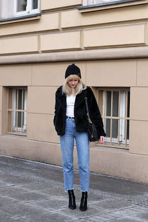 black H&M jacket - light blue Bershka jeans - black Zara bag