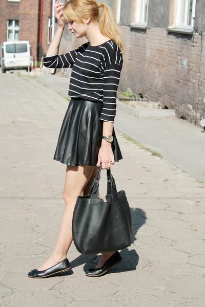 black Manzana bag - black c&a skirt - black second hand t-shirt