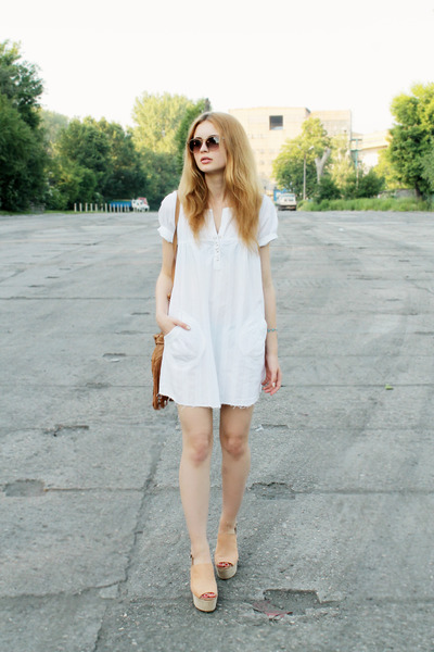 white Bon Prix dress - camel Primark bag - beige H&M wedges
