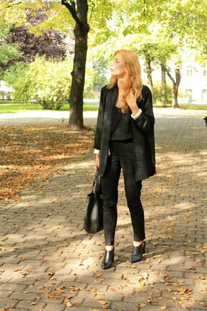 black second hand coat - black second hand top - black H&M pants