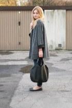 second hand coat - Zara jeans