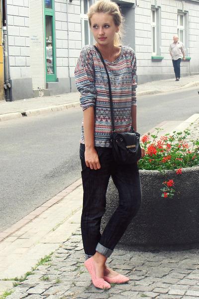 Zara sweater - H&M shoes - Mango bag - pull&bear pants