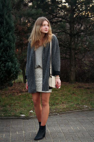 H&M heels - second hand coat - second hand sweater - Glitter bag - H&M skirt