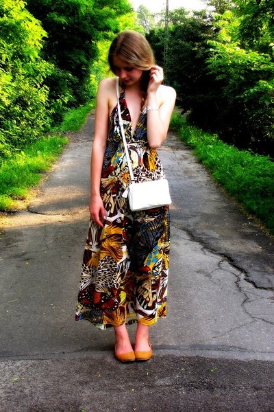 second hand dress - Glitter bag - Cruciani bracelet