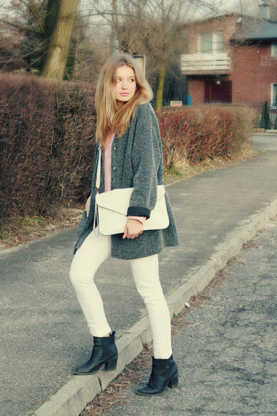 heather gray second hand coat - black H&M shoes - white Mango jeans