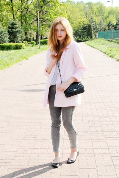 black Parfois shoes - light pink second hand coat - silver H&M jeans