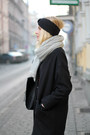Black-tally-weijl-coat-light-blue-pull-bear-jeans-heather-gray-h-m-scarf