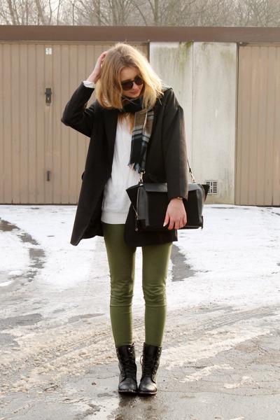black Tally Weijl coat - white second hand sweater - black Zara bag