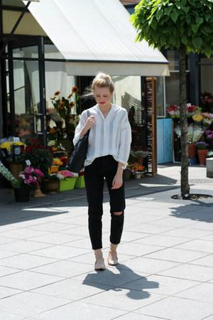 black pull&bear jeans - neutral deezee shoes - white Mango shirt