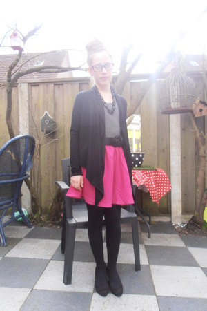 bubble gum silk Monki skirt - black cotton Pico vest - silver  H&amp;M top