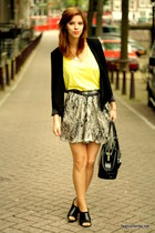 black H&M blazer - black patent leather longchamp bag - yellow H&M t-shirt - bla