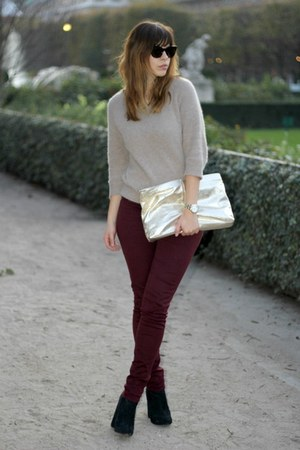 brick red The Kooples jeans - beige angora acne sweater - gold leather Zara bag