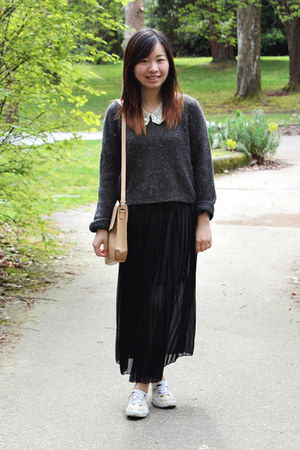 ivory Urban Outfitters shoes - gray H&M sweater - nude Zara bag