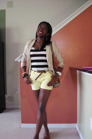 banana republic blazer - thrifted vintage bag - Zara shorts - Lucky Brand watch