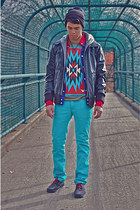 black Target hat - turquoise blue Levis jeans - black Guess jacket